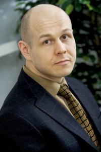"""""""Triuvaren ansiosta säästämme IT-kuluissamme vuositasolla jopa useiden tuhansien eurojen verran."""" Timo Lindberg, toimitusjohtaja, Capsil Oy"""